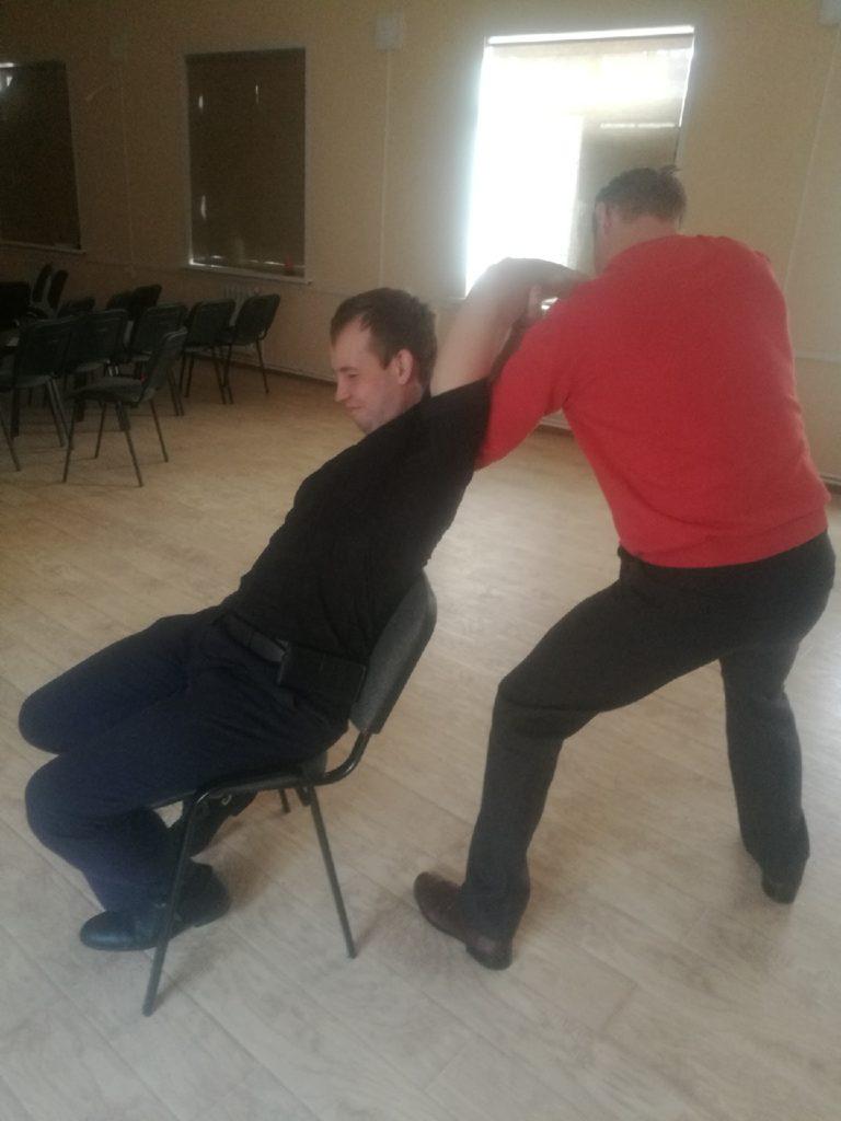 массаж в Калуге офисный